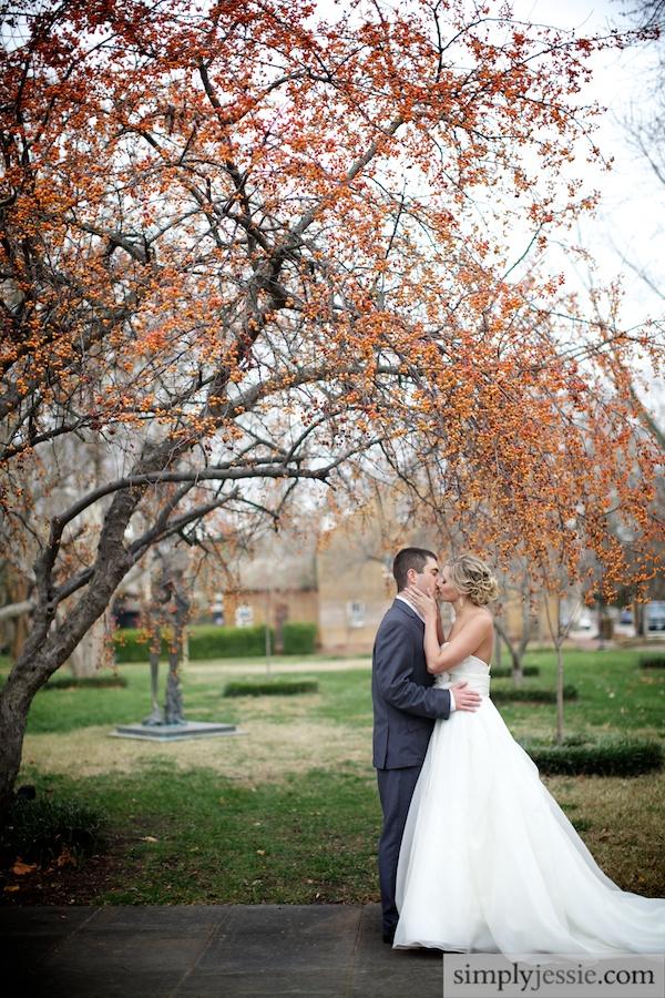 Romantic Wedding Photography - Simply Jessie Photography