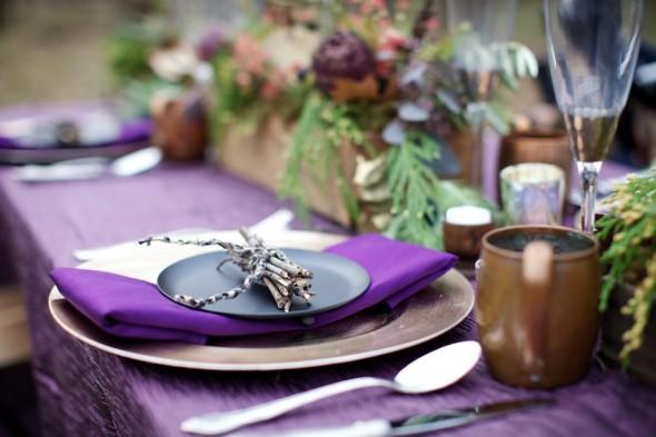 Purple & Gold Table Setting