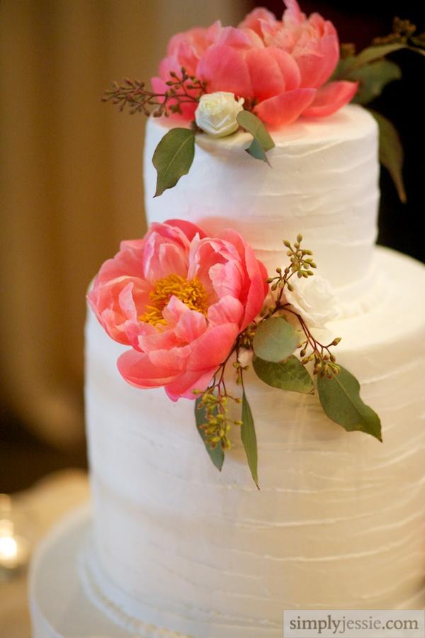 Vintage Garden Wedding Cake
