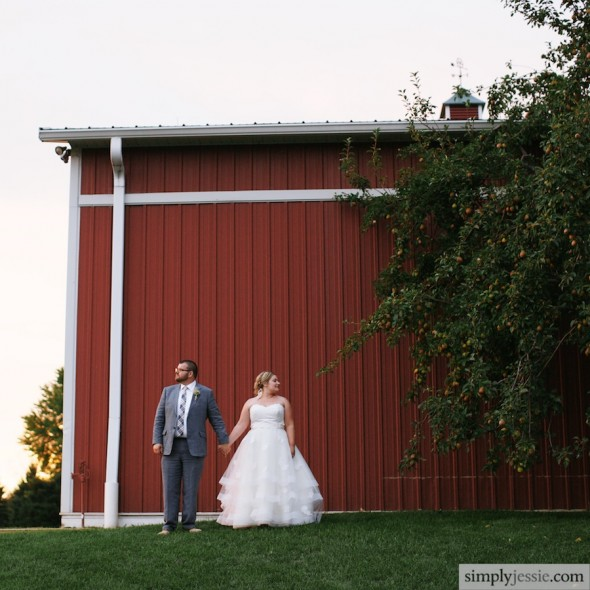 Red barn Orchard Ridge Farms