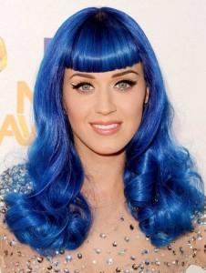 katy-perry-blue-hair-226x300.jpg