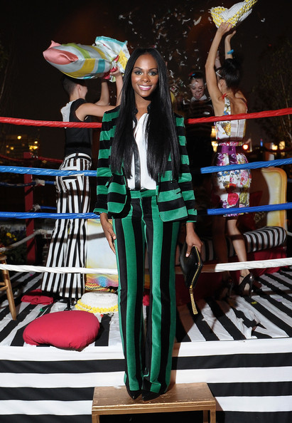 Tika+Sumpter+Alice+Olivia+Stacey+Bendet+Fashion+D1DWU_tOF1Nl.jpg