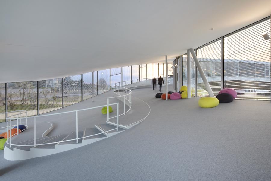 02_EPFL.jpg