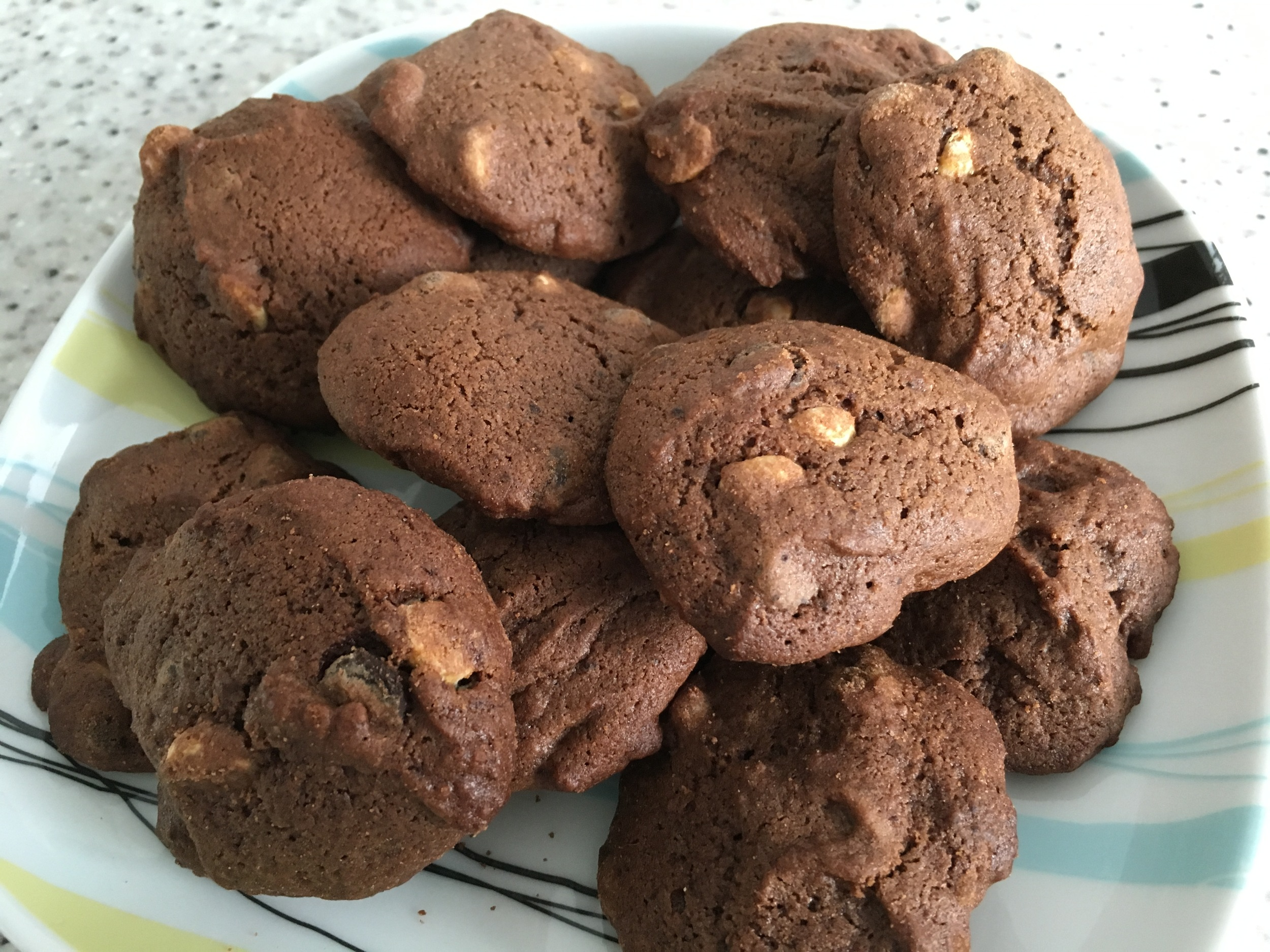 Chocolate and sour cream cookies