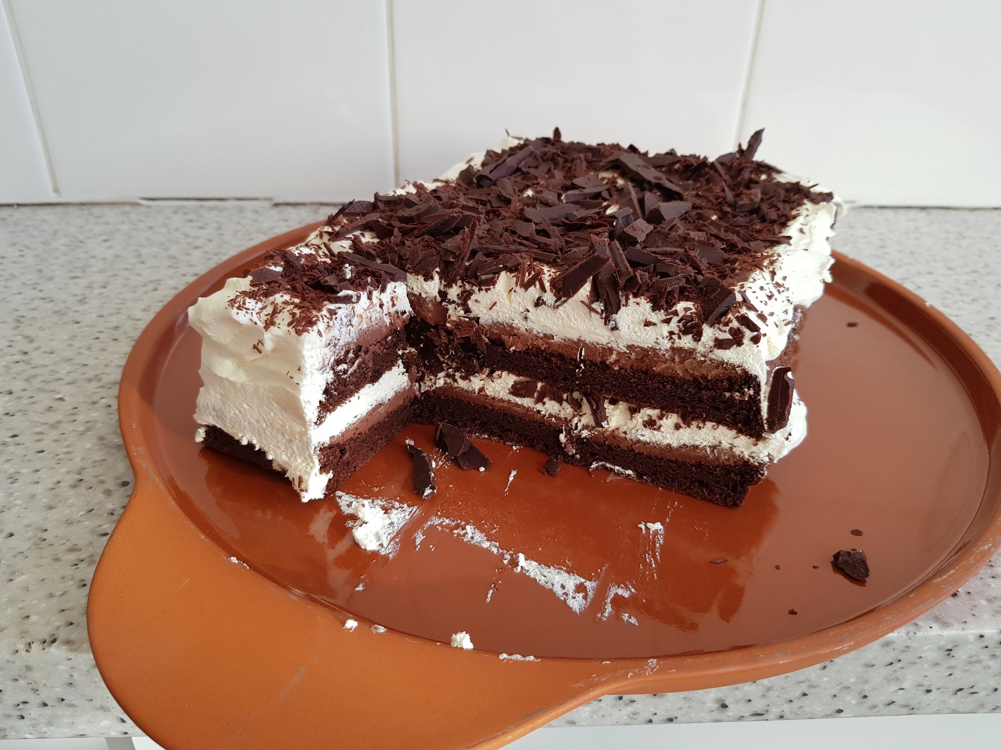 Flourless chocolate layer cake