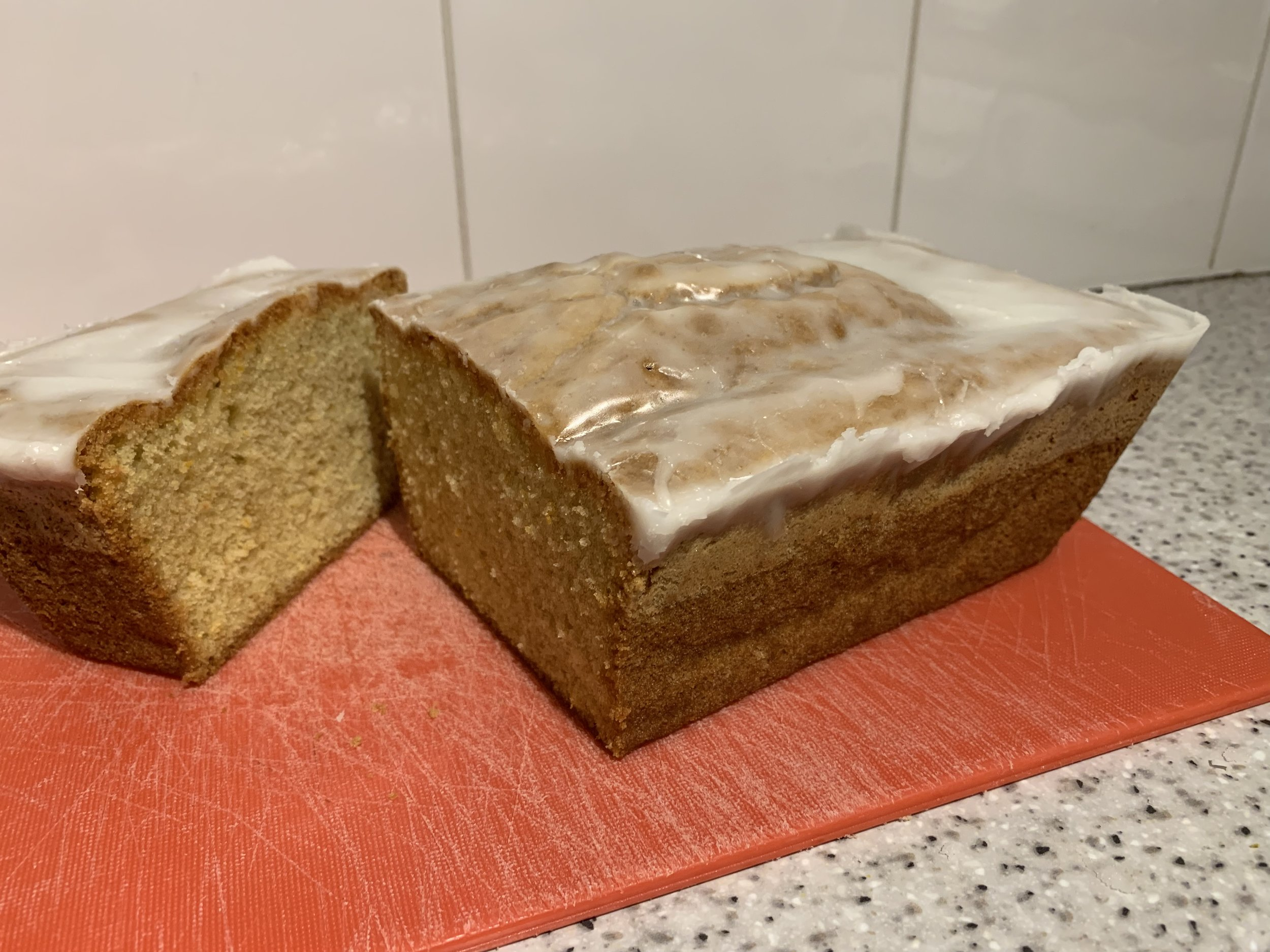 Dairy-free citrus and spelt cake