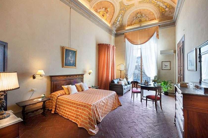 Palazzo_Guadagni62.jpg