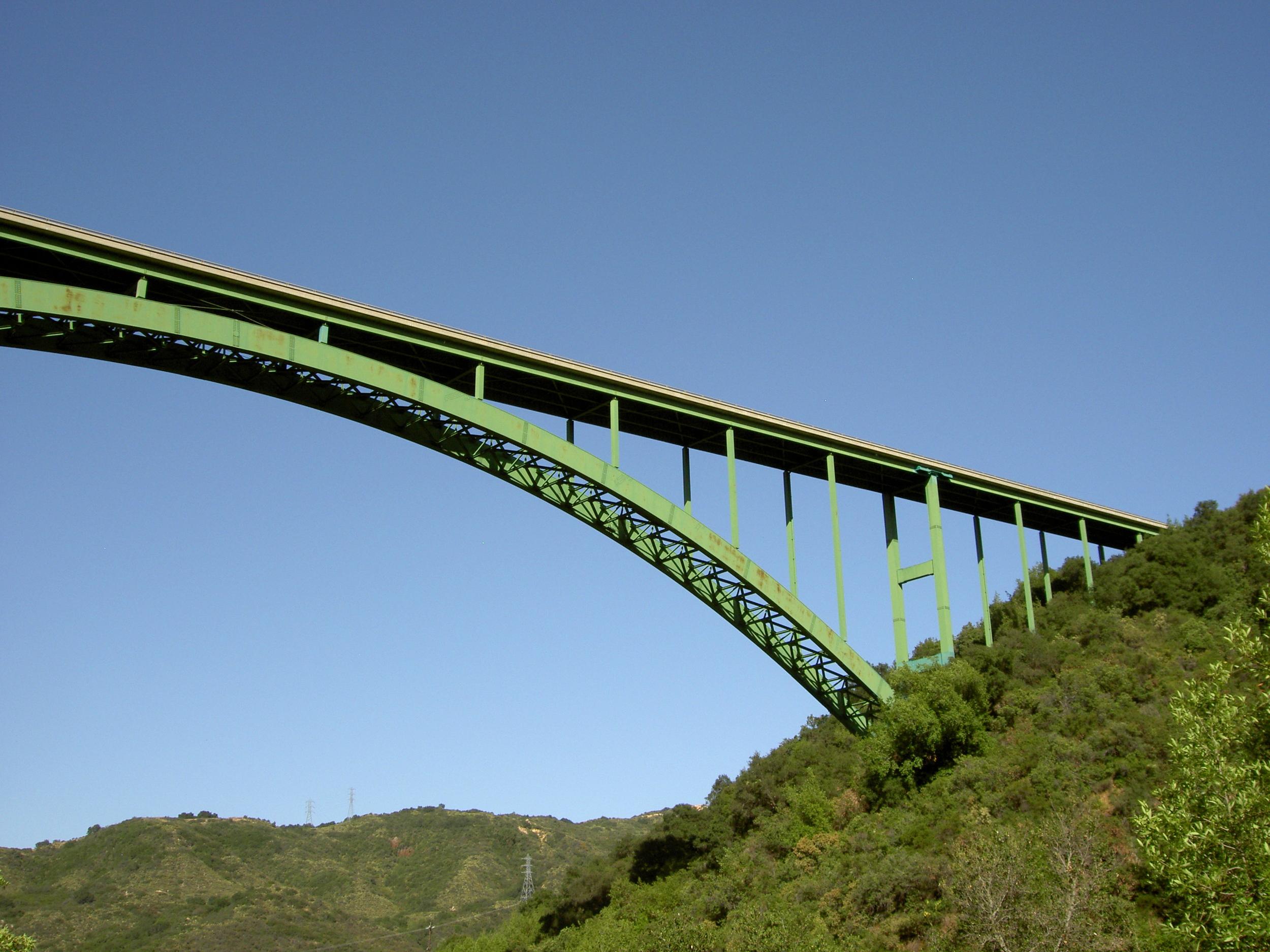 Cold_Spring_Canyon_Arch_Bridge.jpg