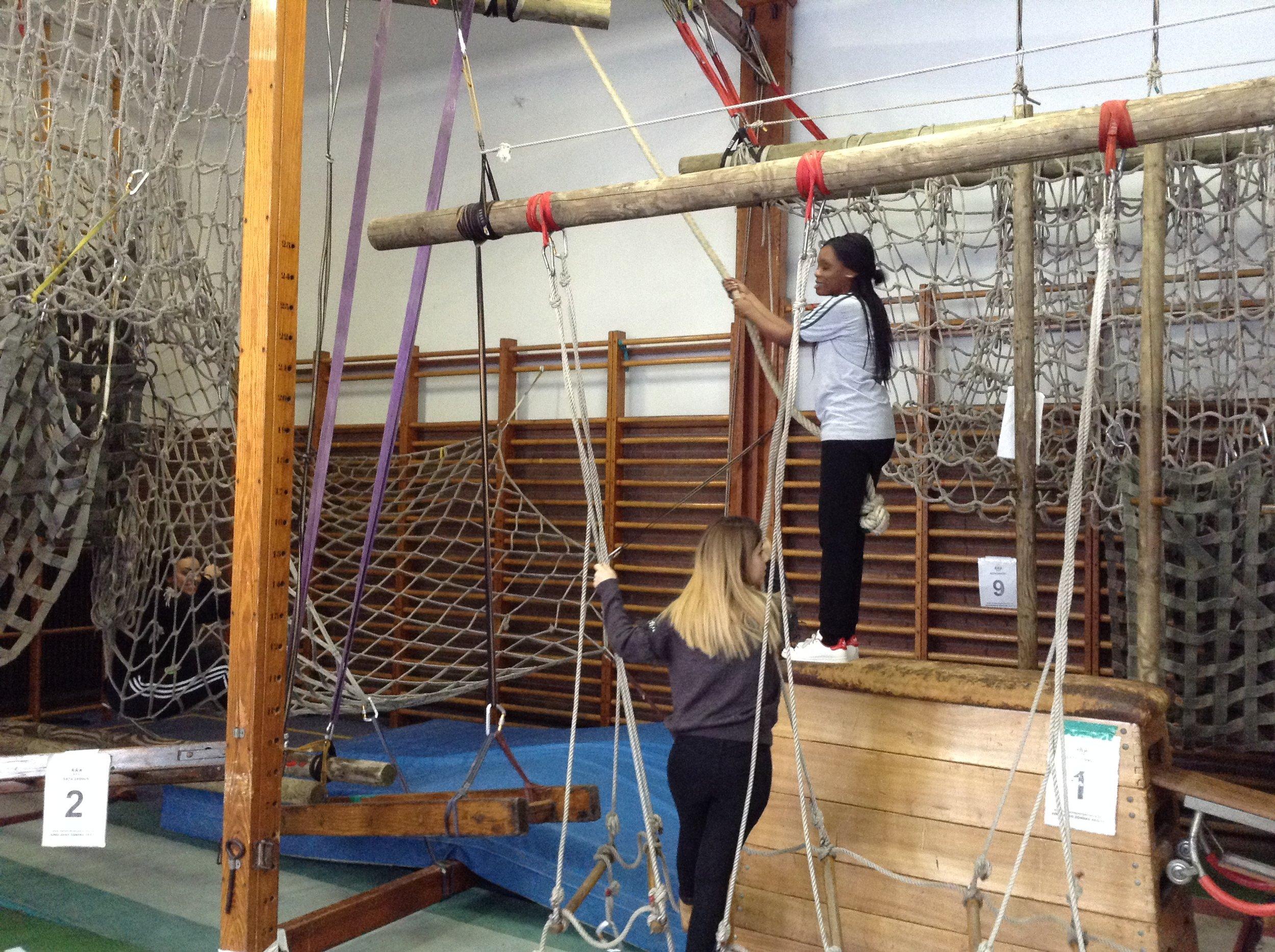 Tarzan op school (3).jpg
