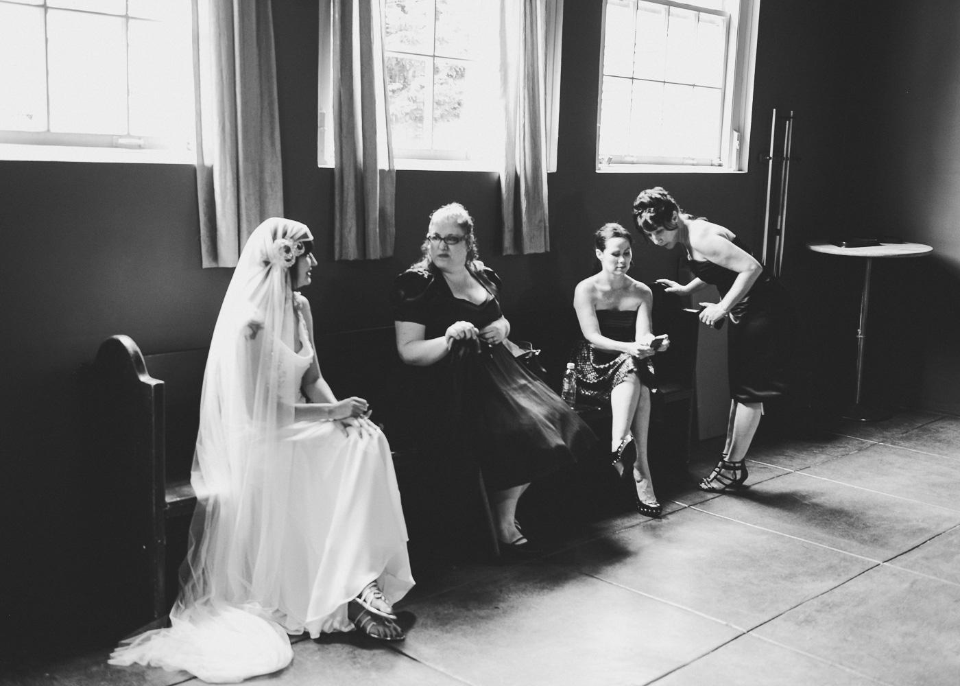 seattleweddingphotographywestseattle.jpg