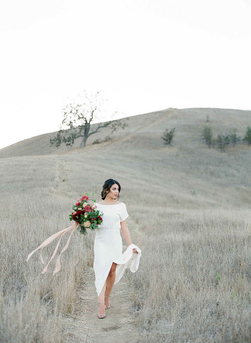 1_Photoby SamanthaKirk_Floral by Ellamah_LateFall.jpg