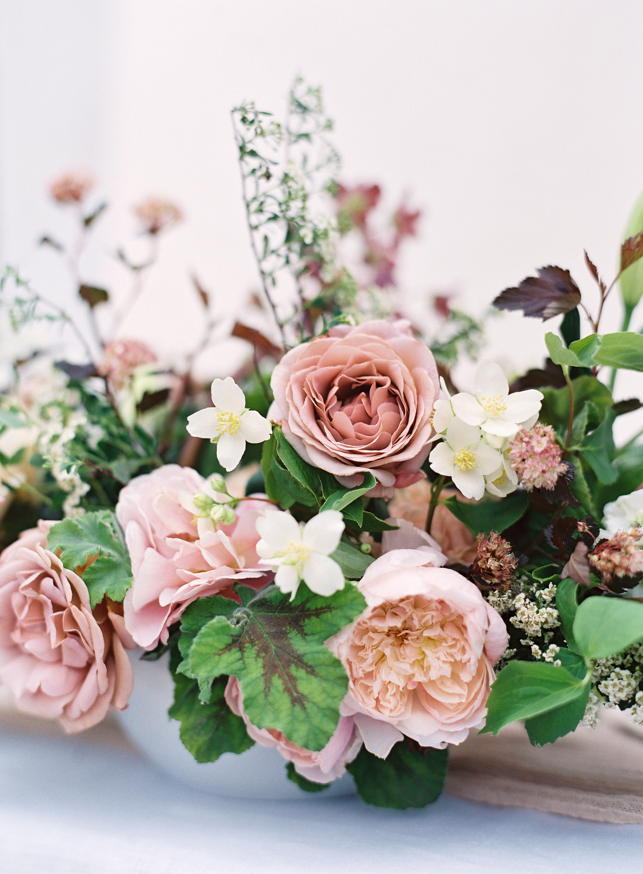 Photo by Christine Doneé Floral by Ellamah Modern Rustic Tablescape_1.jpg