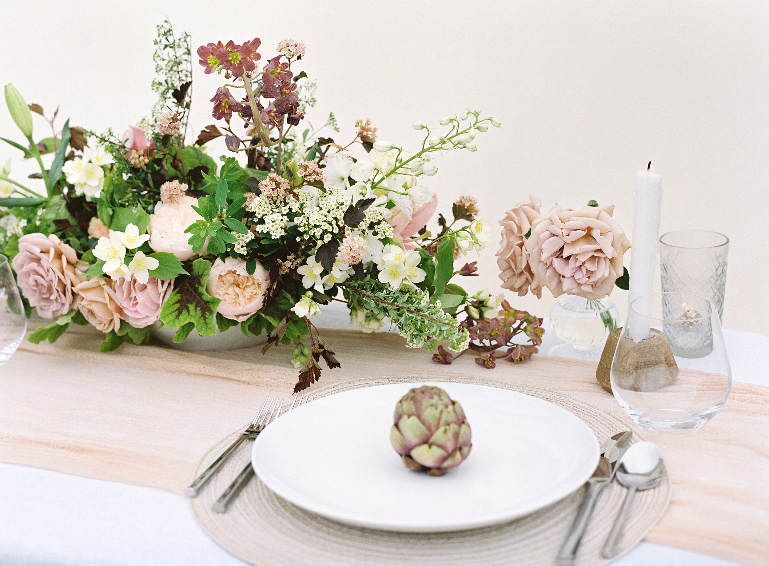 Photo by Christine Doneé Floral by Ellamah Modern Rustic Tablescape_12.jpg