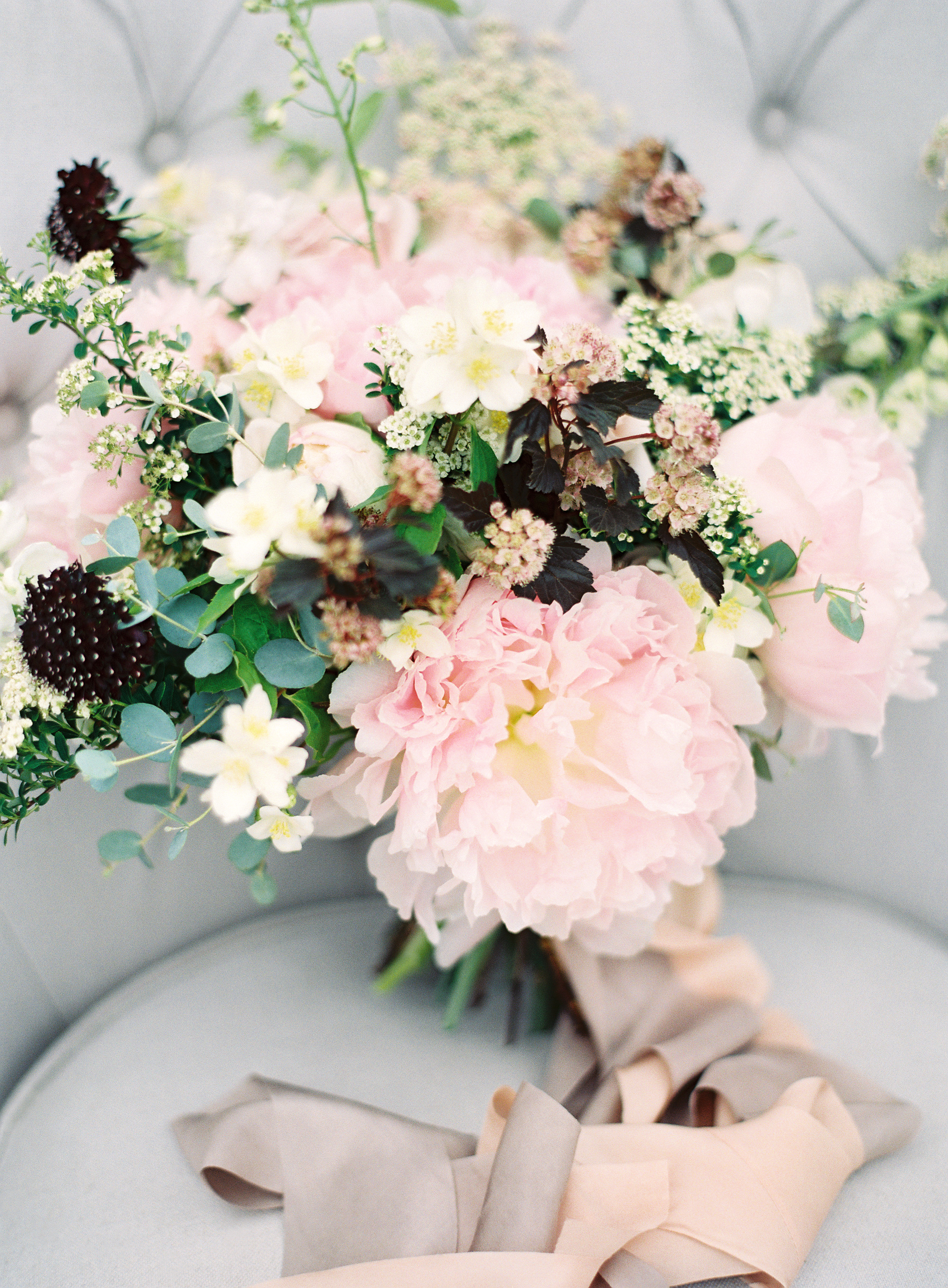 Photo by Christine Doneé Floral by Ellamah Modern Rustic Tablescape_9.jpg