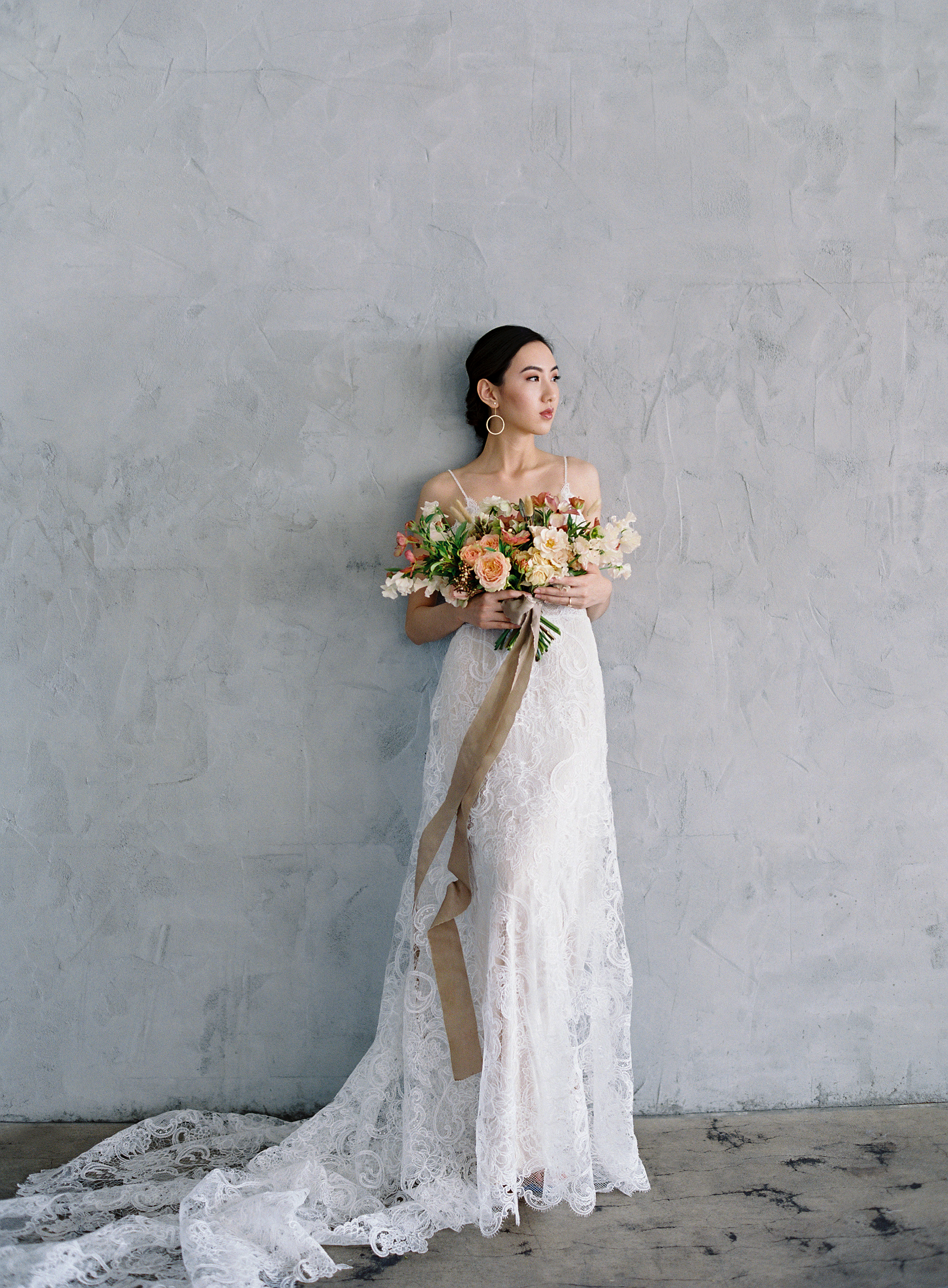 102-Bouquet_by_Ellamah-Photo_by_Christine_Donee-Gown_by_Flora.jpg