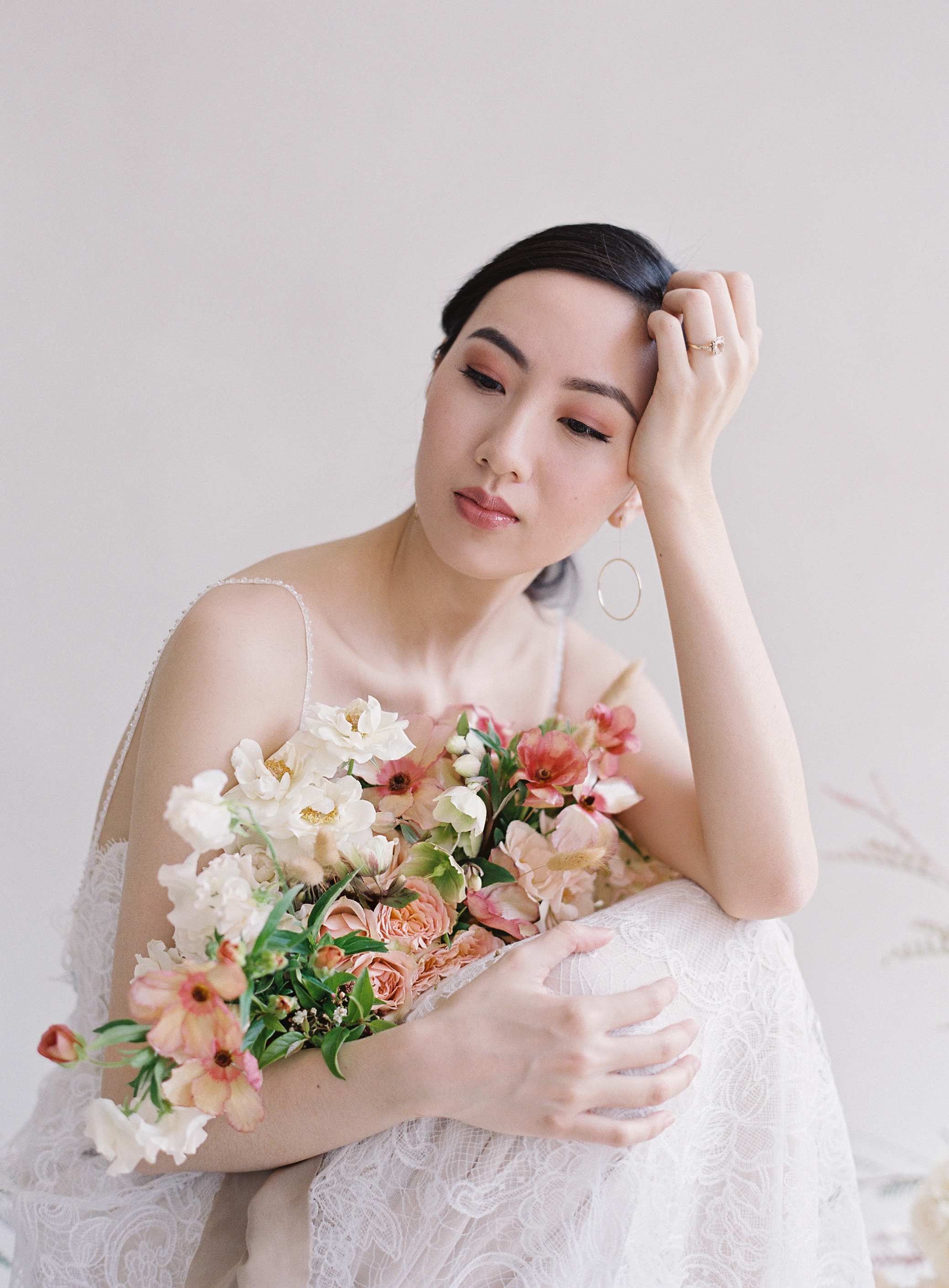 125-Makeup_by_Page_Beauty-Bouquet_by_Ellamah-Photo_by_Christine_Donee-Gown_by_Flora.jpg