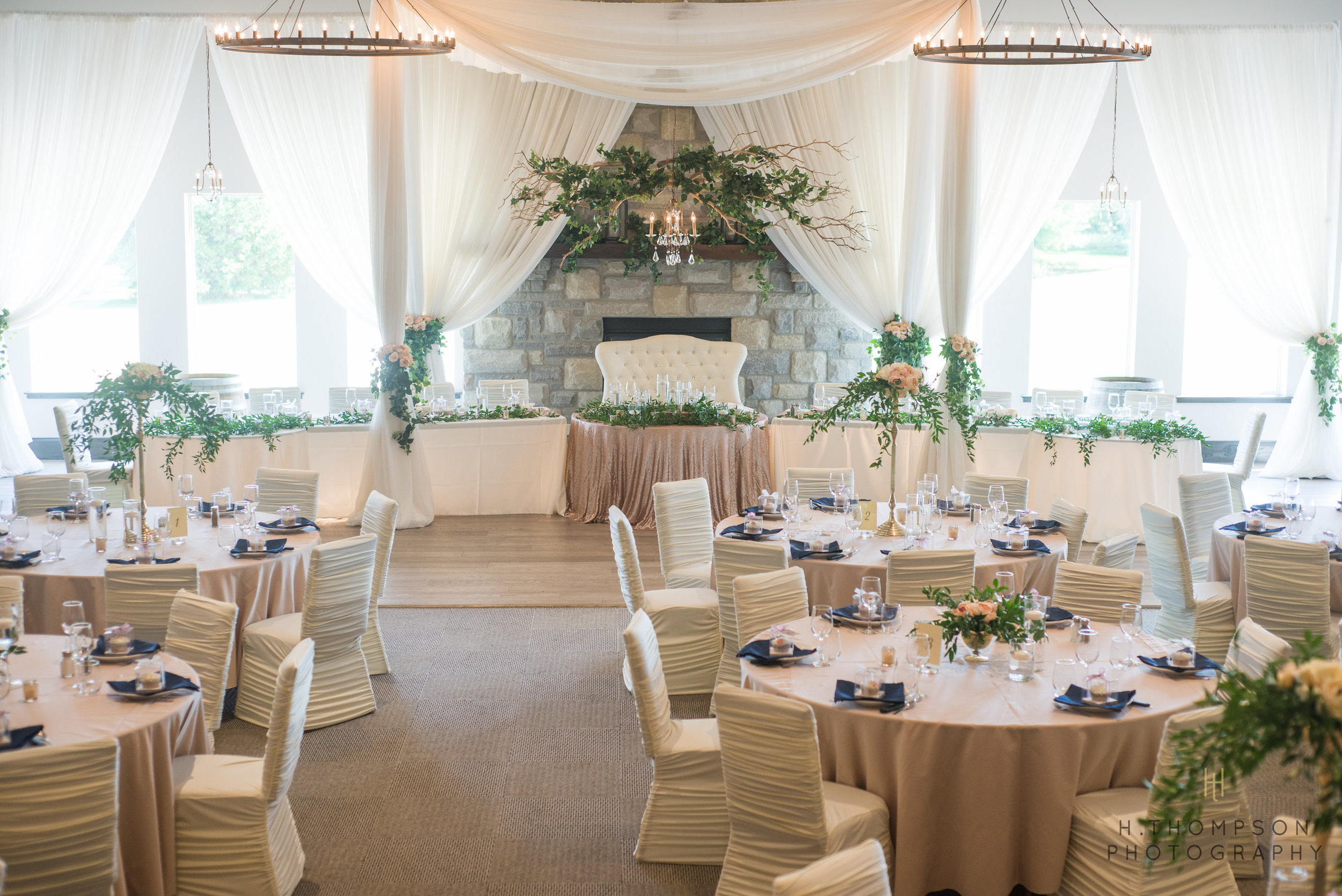 Banquet_Room-1.jpg