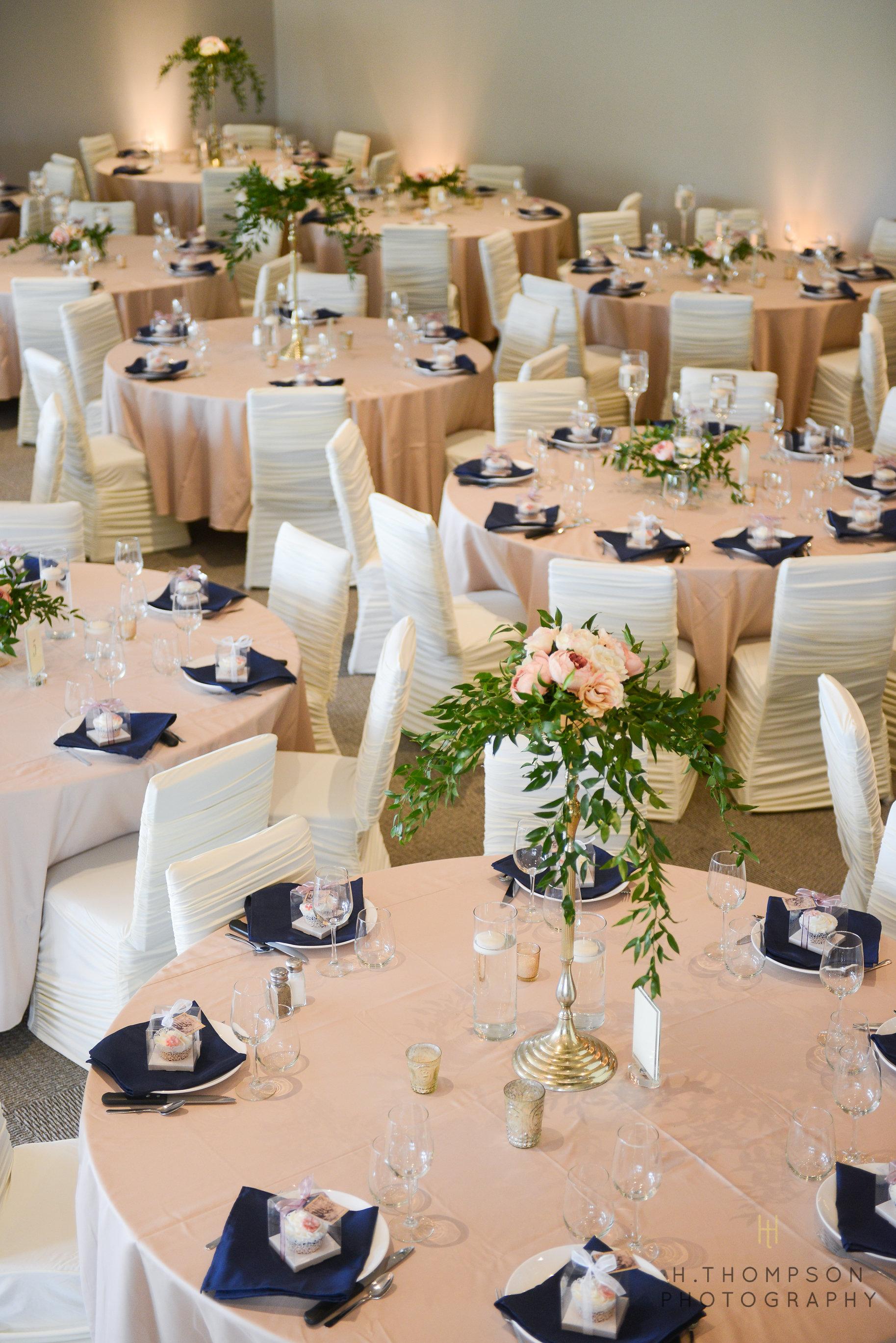 Banquet_Room-11.jpg