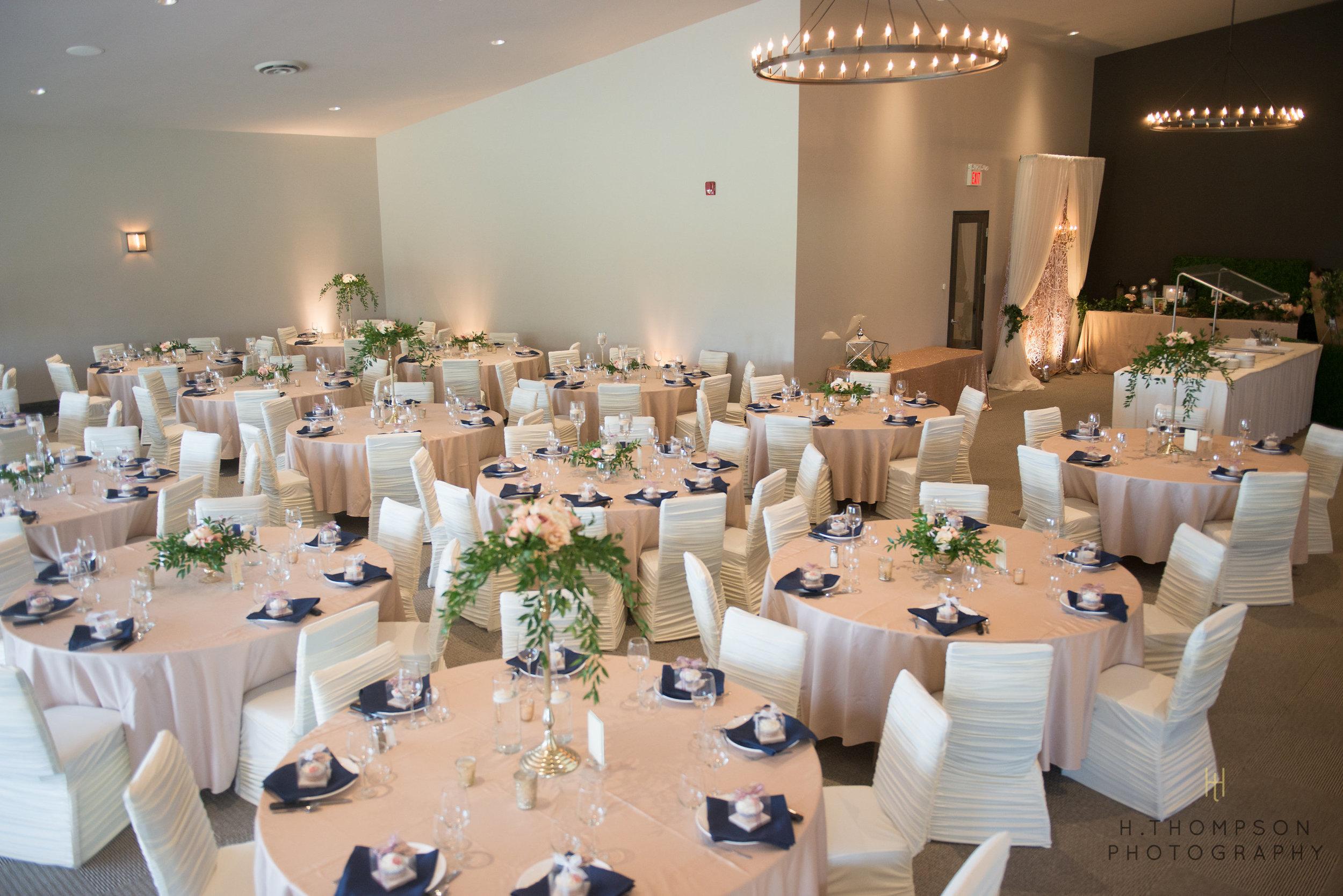 Banquet_Room-12.jpg