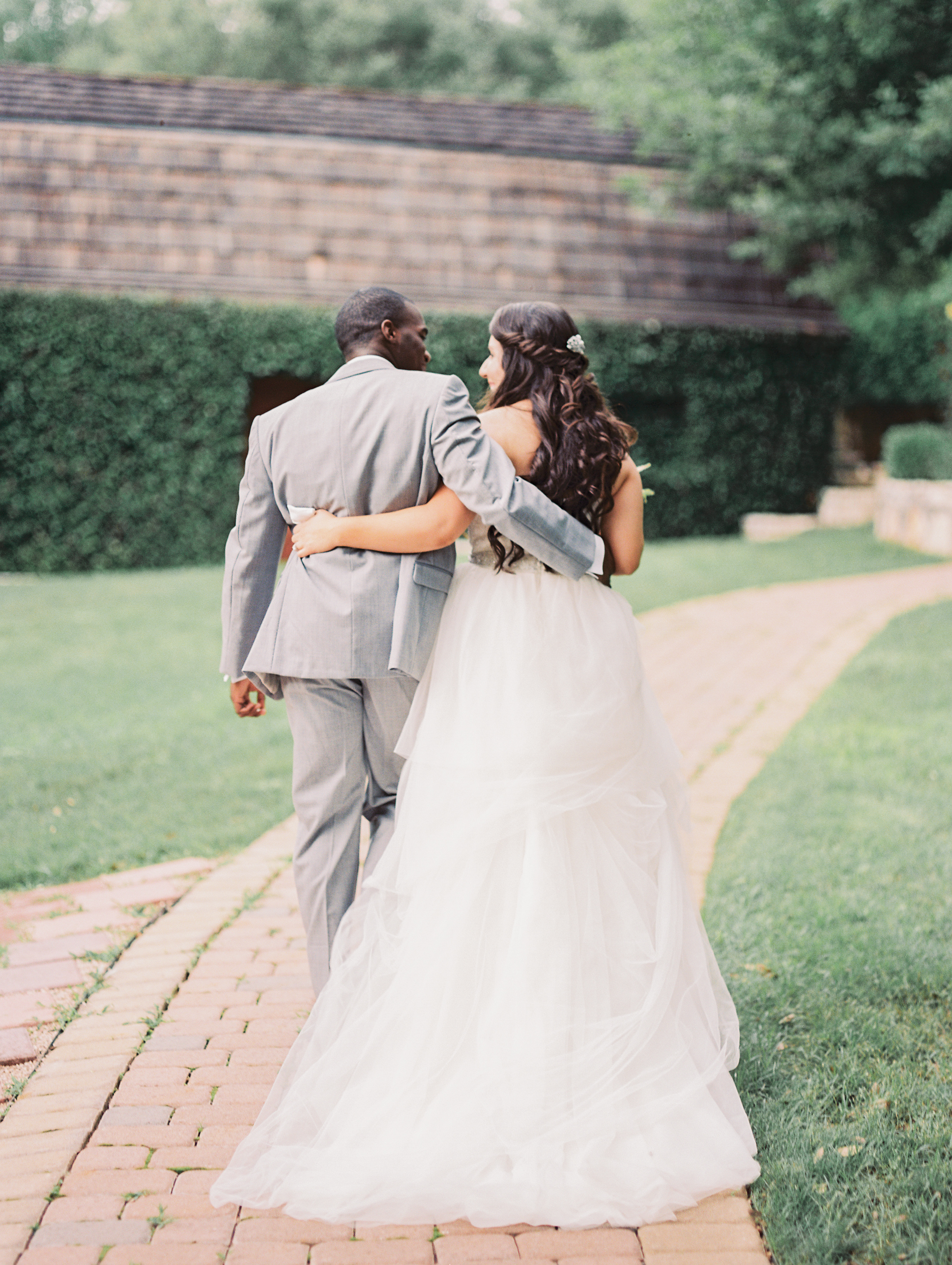 natures-point-lago-vista-wedding-austin-texas-5.jpg