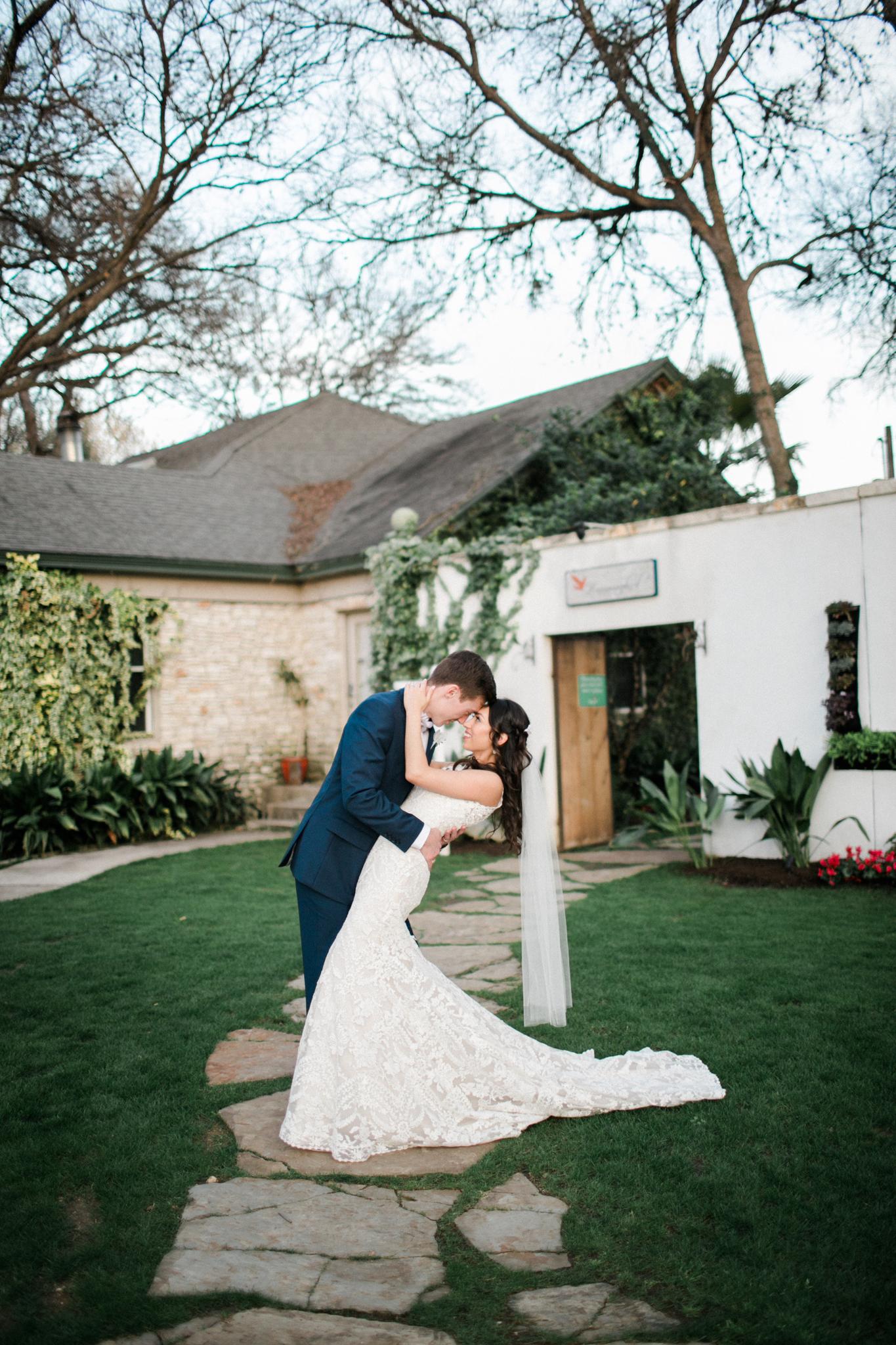 Hummingbird-House-Wedding-M-M-459.png