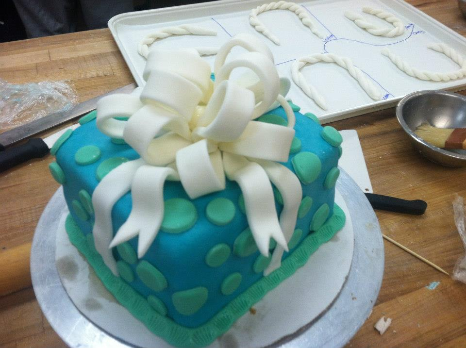 Giftbox Cake