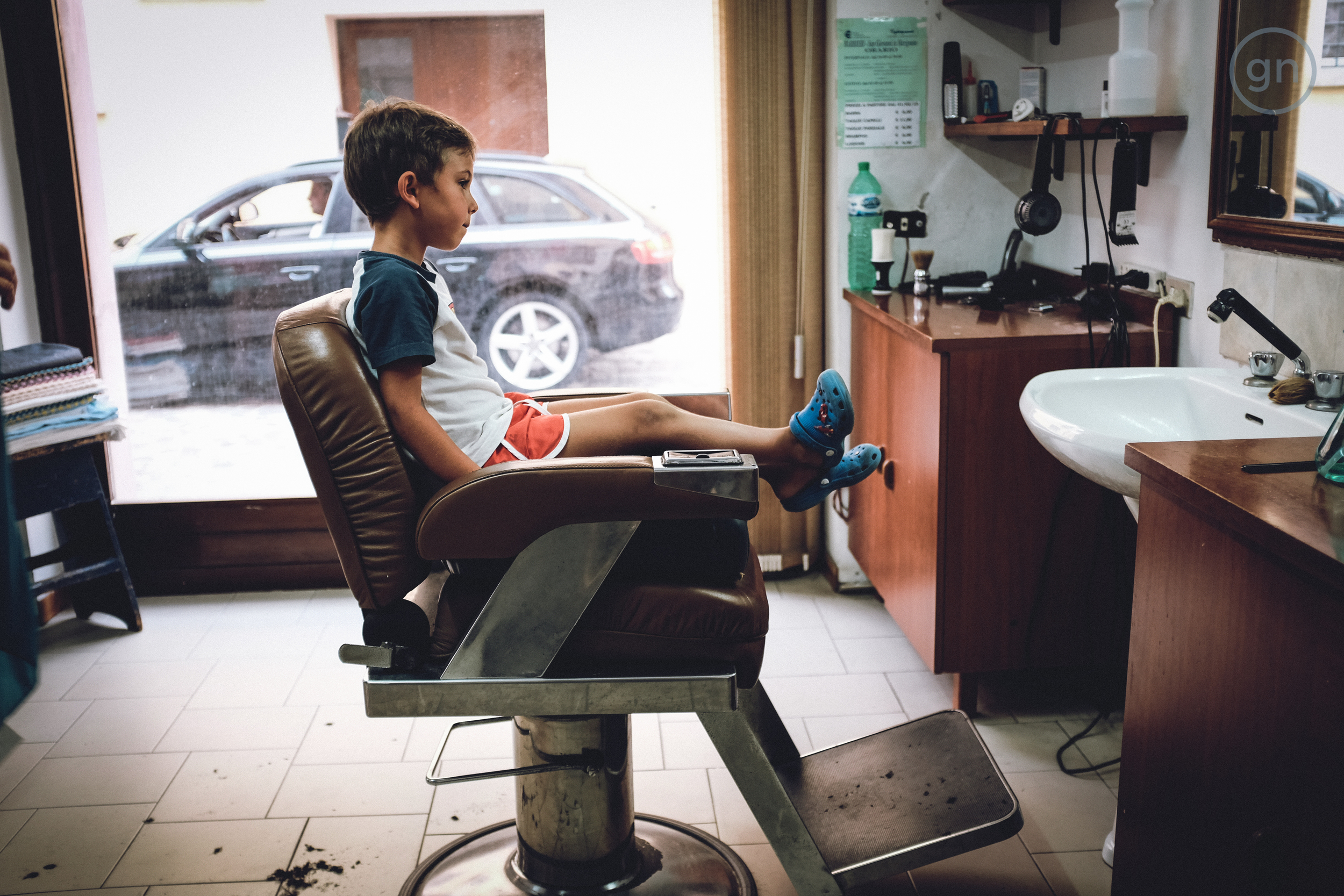 Testin Fuji X100T at the Barber shop