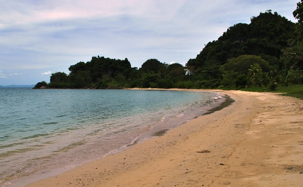 Marabut Extreme Resort Beach  (Photo by Bernard L. Supetran)