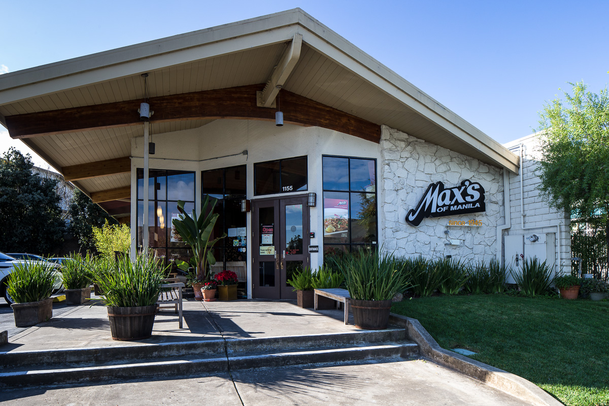 South San Francisco is home for Max's Fried Chicken, a familiar name to Filipino transplants.  (Photo by Voltaire Yap)