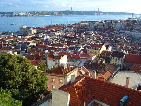 View of downtown Lisbon and the riverTagus.  (Source:  lisbonphotos.net )