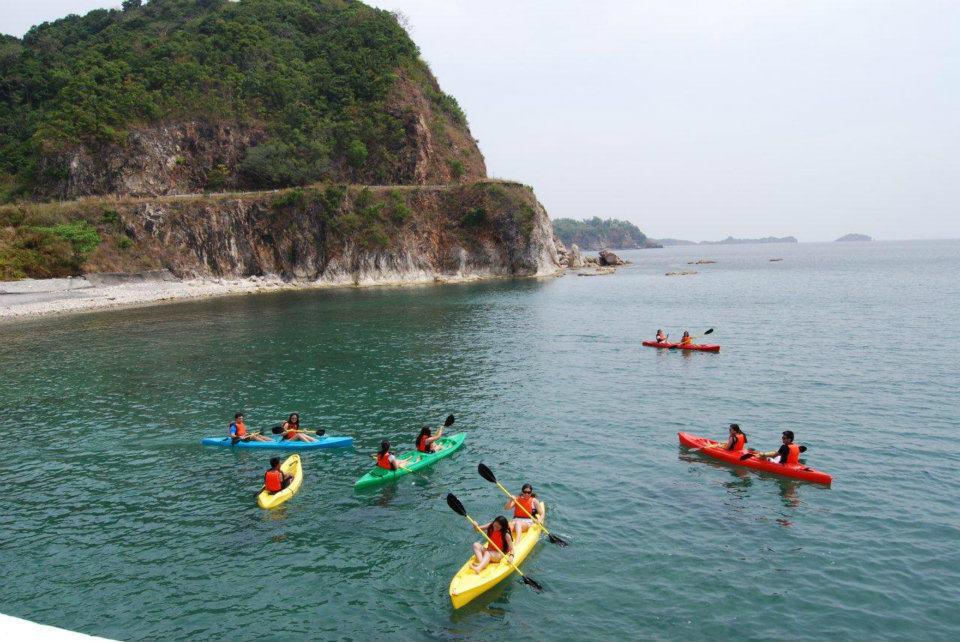 KayakingatSouthBeach (PhotobySCI)