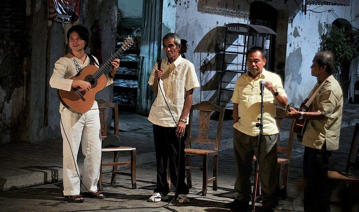 """BenitoBautista'slatestfilm""""Harana,""""featuringtheHaranaKings:FloranteAguilar,CelestinoAniel,RomeoBergunioandFelipeAlonzo (PhotobyLourdesFigueroa)"""
