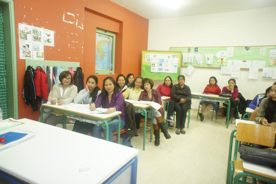 Filipinas taking up Greek language classes in Heraklion, Crete.  (Source: www.philembathens.gr)