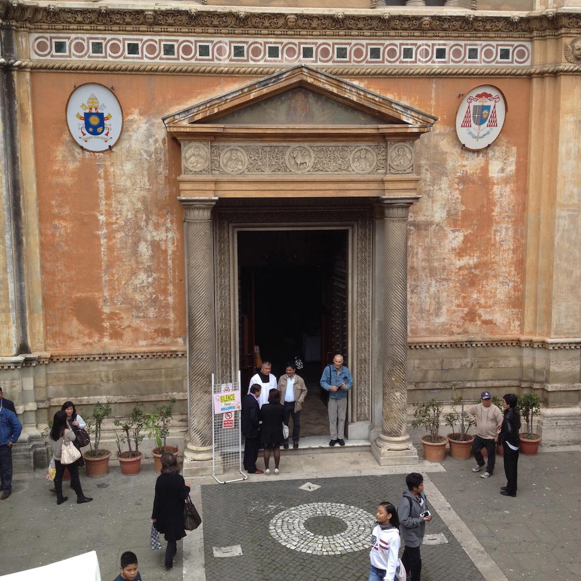 FrontfacadeofSantaPudenziana,Rome (PhotobyJohnSilva)