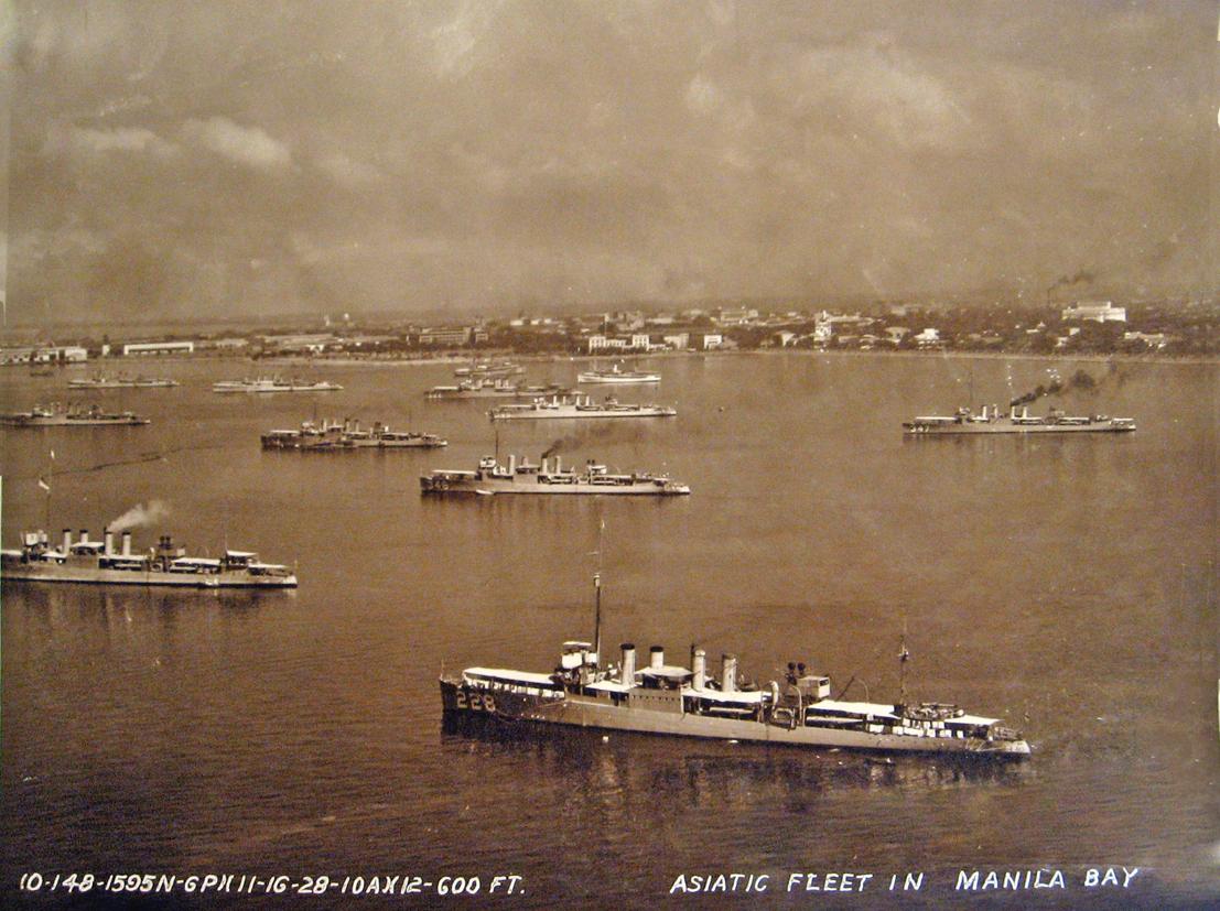 Asiatic Fleet in Manila Bay in the 1930s