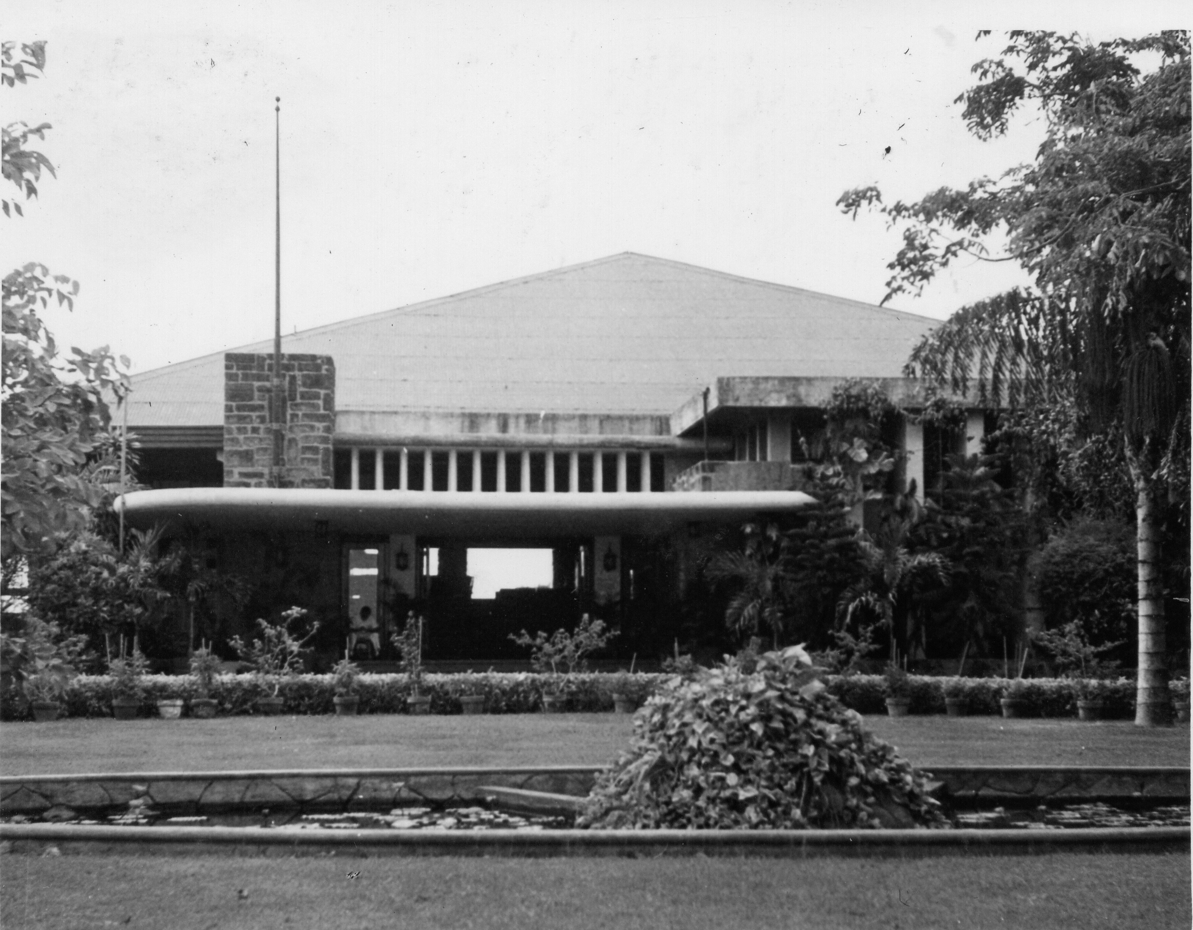 Manila Polo Club  (Photocourtesy of Gunter Prittwitz)
