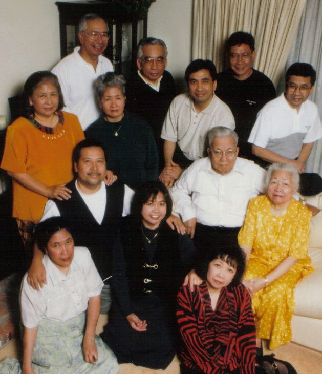 "The author's maternal grandparents, Marcelo and Victoria Mangalindan, with their 11 children. Taken in Santa Clara, California on Marcelo's 87th birthday. Marcelo was a great-nephew of nationalist Felipe Buencamino and film producer Narcisa Buencamino-de Leon. The surname Mangalindan was derived from ""Magaling na Daan/Good Road"" and was later Hispanicized into Buencamino. Marcelo was a lawyer and bureau chief of the Philippines' Internal Revenue. He staunchly fought against corruption while in office. He and his family immigrated to the US in the 1970s. (Photo courtesy of Aileen Ibardolaza-Cassinetto)"