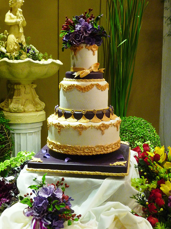 Uson's Classic Couture Cake (Photo courtesy of Judy Uson)
