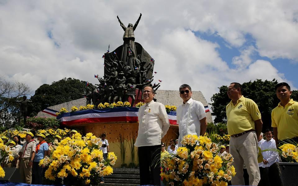 The 2015 EDSA People Power Anniversary (Source: Malacañang Photo Bureau)