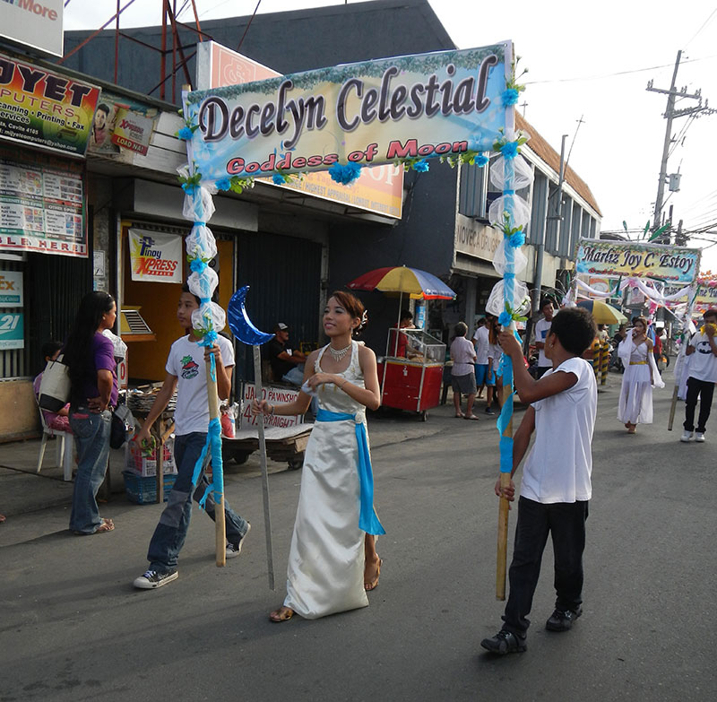 A Santacruzan parade in Novelta, Cavite (Photo by Ramon F. Velasquez/Wikimedia Commons)
