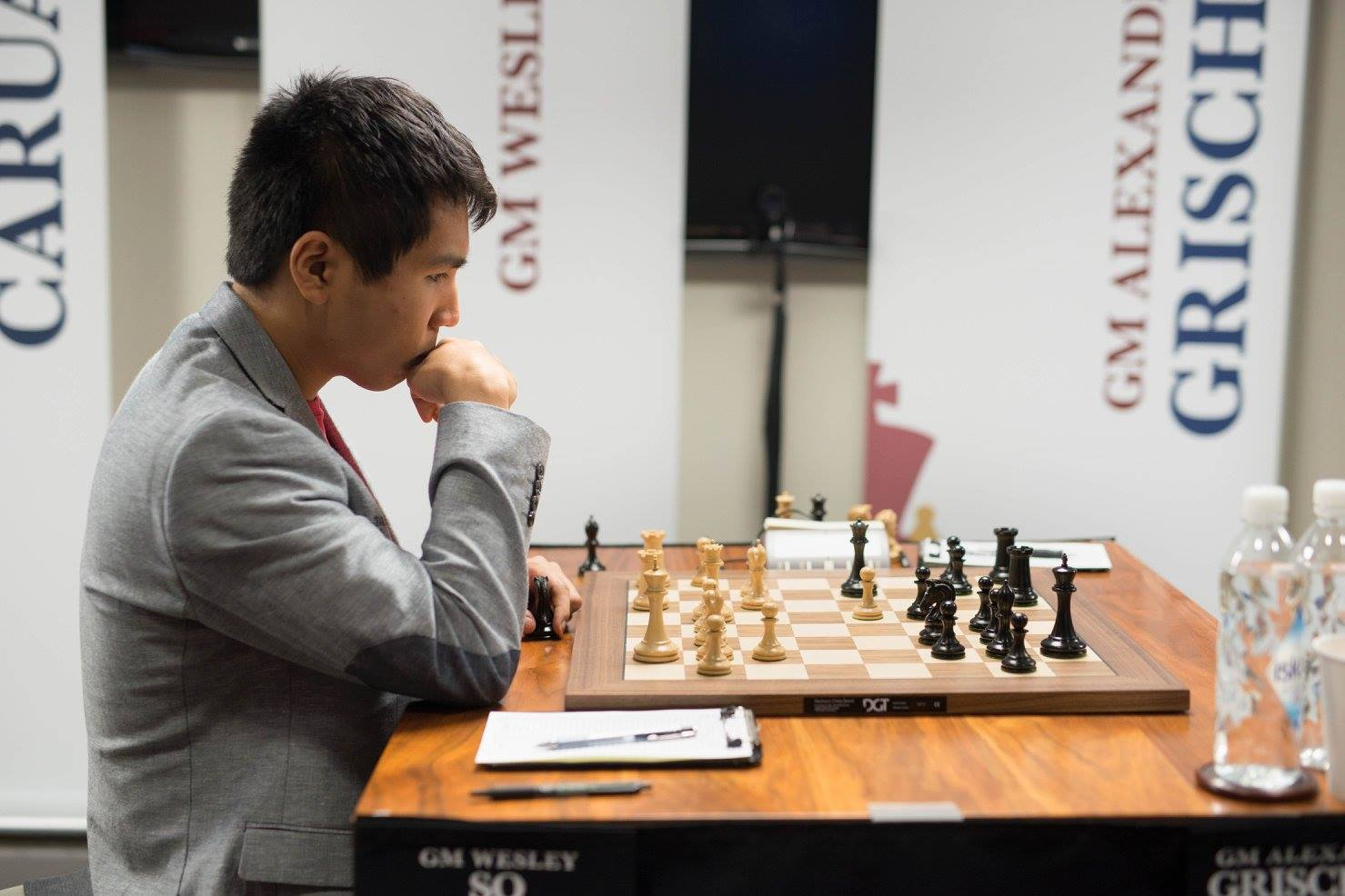 Filipino Grandmaster Wesley So at the Sinquefield Cup in Saint Louis, Missouri (Source: facebook page of Chess Club and Scholastic Center of St. Louis/Photo by Austin Fuller)