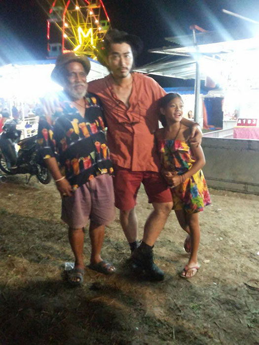 Kohki Hasei (center) with Blanka stars Peter Mallari, a blind street musician, and Cydel Gabutero