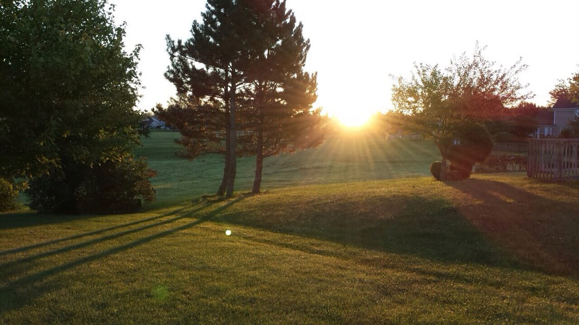In our overnight stops, we look for the best places to watch the sunrise. This one is from the backyard of our friends' house in Illinois. (Photo by Irwin Ver)