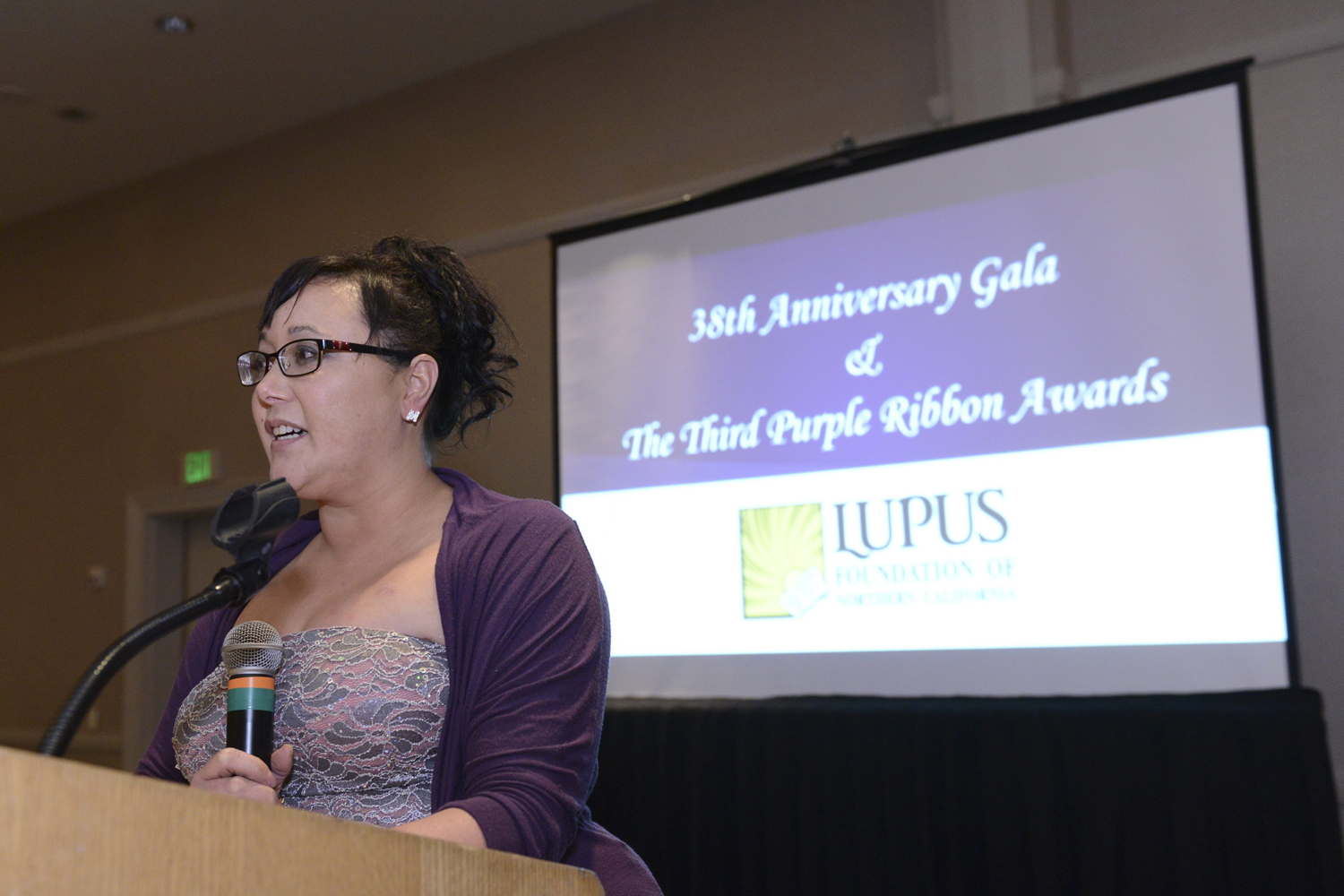 Christine Von Raesfeld speaks at the Lupus Foundation of Northern California's 38th Anniversary Gala (Photo courtesy of the  Lupus Fo  undation of Northern California).