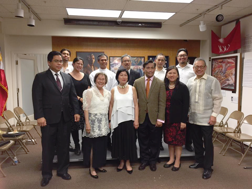 """The cast of the """"Noli Me Tangere"""" reading with Consulate General Henry S. Bensurto, Jr. (second from right) and Deputy Consulate General Jaime Ramon Ascalon (left) (Photo courtesy of Philippine Folklife Museum Foundation)."""