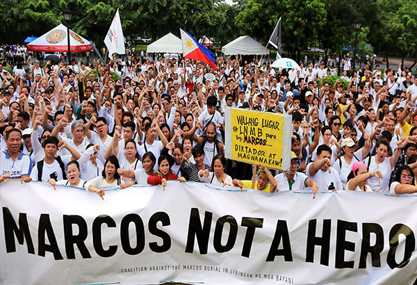Anti-Marcos burial protestors (Source: Philstar.com)