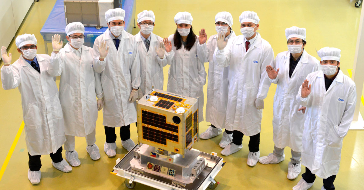 Microsat DOST Scholars and the Diwata-1 satellite (Source: DOST)