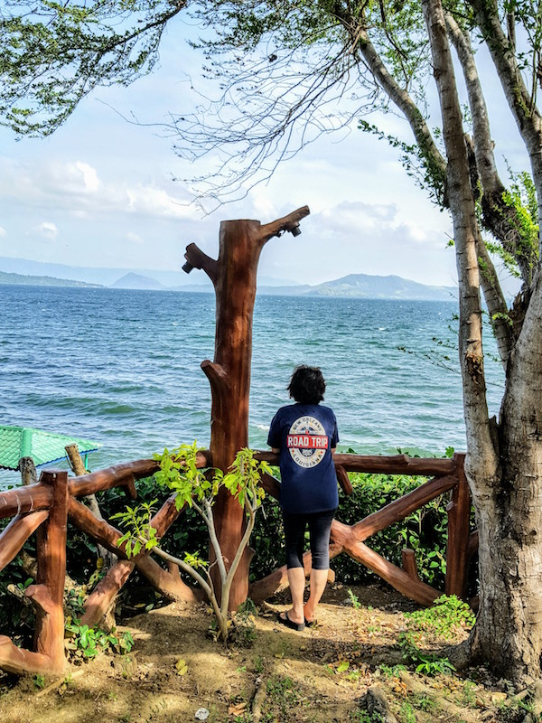"Enjoying the ""amihan"" (cool northeast wind) by the shores of Taal Lake in San Nicolas, Batangas (Photo by Irwin Ver)"