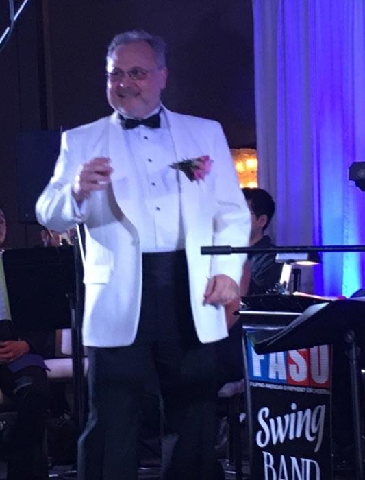 "Robert ""Bob"" Shroder conducting the Filipino American Symphony Orchestra. (Photo by Carlos Zialcita ©2017)"
