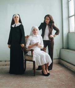 Menchu Lauchengco-Yulo starred in REP's  Agnes of God  alongside Pinky Amador and Becca Coates
